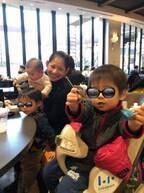 大渕愛子弁護士、慣れてきた子ども3人連れの外出「スムーズになってきました」