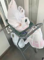 小川菜摘、冷蔵庫が空っぽで朝から買い出しへ「手作りご飯に飢えてます」