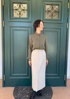 夏木マリ『わたし旦那をシェアしてた』衣装を公開「管理人、文江さんのワードローブから」