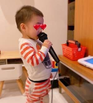 保田圭、2歳の息子が初カラオケ「きちんと伴奏に合わせて歌ってる」