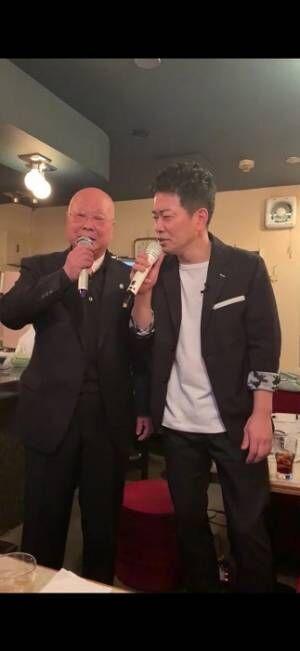 宮迫博之、大阪から来た父とカラオケ「少し恥ずかしかったけど、なんかええ時間」