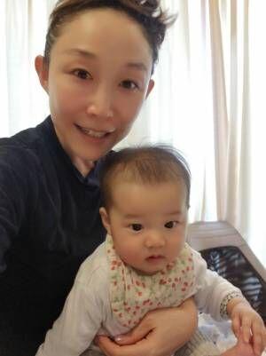 小原正子、娘と一緒に新居の打ち合わせ「1才までに 引っ越しできるかな?」