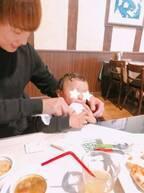 """本田朋子アナ、息子に初の""""お子様セット""""を注文「美味しいものを知ってしまったね」"""