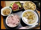 """ギャル曽根、娘が""""沖縄のお正月料理""""を4杯おかわり「お肉がびっくりするくらい柔らかくて」"""