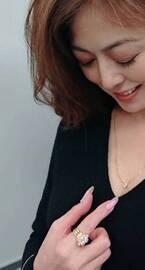 武田久美子、オーダーしたダイヤのネックレスを紹介「お似合い」「美しさが引き立ちます」の声