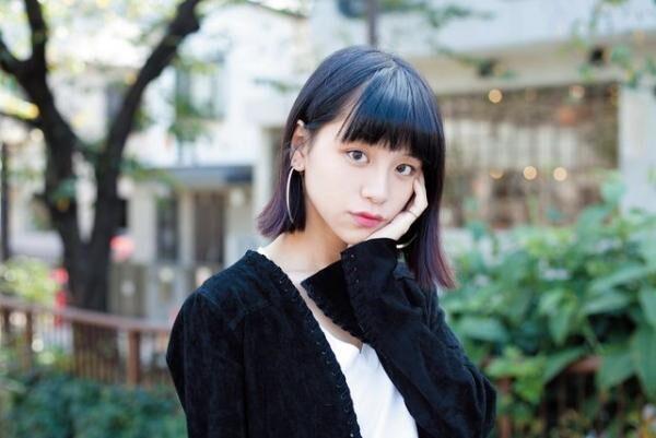 るか1992年生まれ。レギュラーモデルを務める『NYLON japan』や『SEDA』ほか、『装苑』などでも活躍中。キュートな素顔を覗けるインスタグラム(@luluxinggg)も人気!