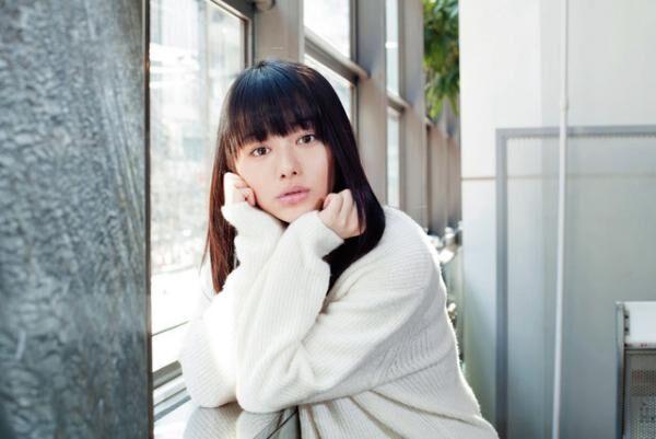 やまもと・まいか1997年生まれ。2011年「三井のリハウス」14代目リハウスガールに選ばれ、デビュー。主演作『桜ノ雨』は3月5日公開。公式ブログlineblog.me/yamamotomaika/