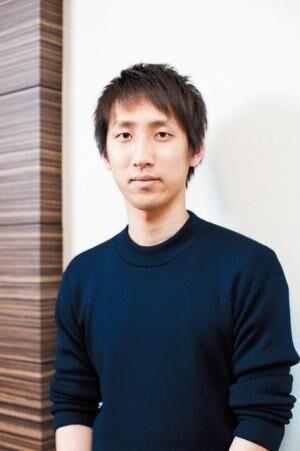 あさい・りょう作家。1989年生まれ。2009年『桐島、部活やめるってよ』でデビュー。2013年『何者』で直木賞を受賞。同作が今秋映画化。近著に『世にも奇妙な君物語』。