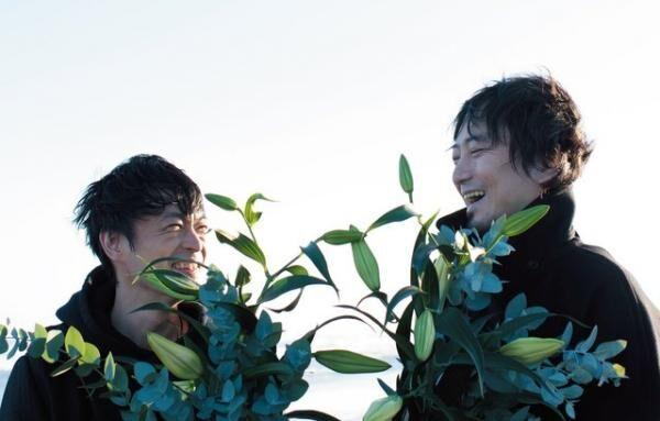 ブンブンサテライツ左・中野雅之(prog.&bass)、右・川島道行(V&G)からなるロックユニット。海外での人気も高く欧州のフェスでも活躍。昨年リリースのアルバム『SHINE LIKE A BILLION SUNS』が現在もヒット中。