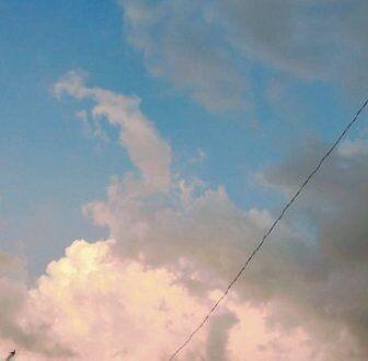 学校帰りに空を見上げたら…。
