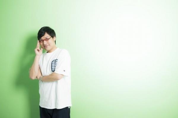 やまさと・りょうた南海キャンディーズのツッコミ担当。『JUNK山里亮太の不毛な議論』(TBSラジオ)、『スッキリ!!』(日本テレビ系)などレギュラー多数。