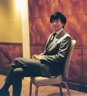 たなべ・せいいち俳優。1969年生まれ、東京都出身。主演ドラマ『とげ 小市民 倉永晴之の逆襲』がフジテレビ系毎週土曜23:40~放送中。自作のLINEクリエイターズスタンプも好評。
