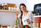 【男の赤裸々本音】結婚するなら「料理上手or床上手」どっちの女性?
