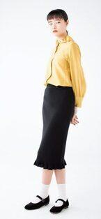 秋は定番「黒スカート」! 今素材とデザインでオシャレ度UP