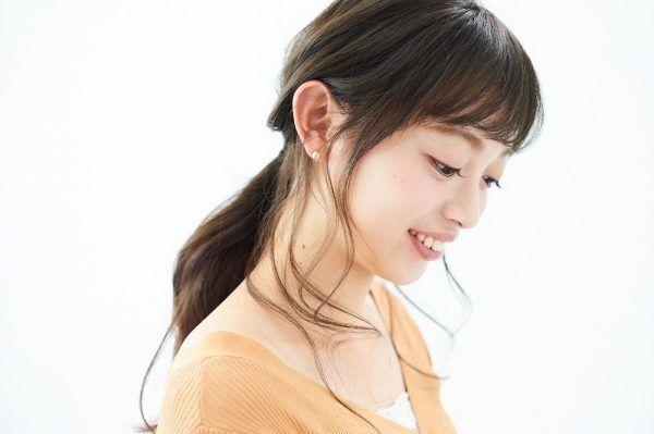 """【ヘアアレンジ基本テク】あか抜ける―ッ! オシャレな """"おくれ毛"""" の作り方"""