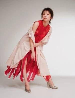 """佐々木希が着る""""トランスペアレント"""" 春はヘルシーな透け感を!"""