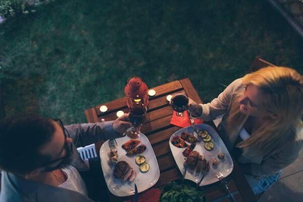 彼の欲がグングンup…夜デートで開放的になれる「肉ビアガーデン」