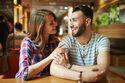 甘えた目でジーッ…♡男が彼女を「可愛いと再認識」する瞬間 4つ