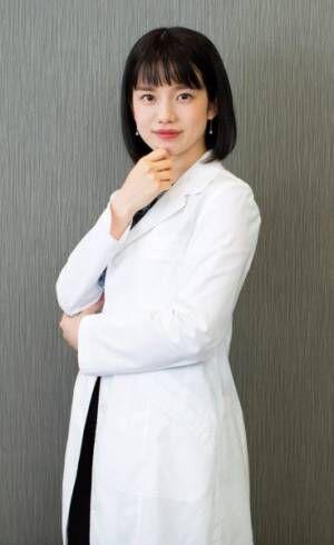 """弘中綾香の""""研究助手""""ぶりが話題! TV『激レアさん』の魅力"""