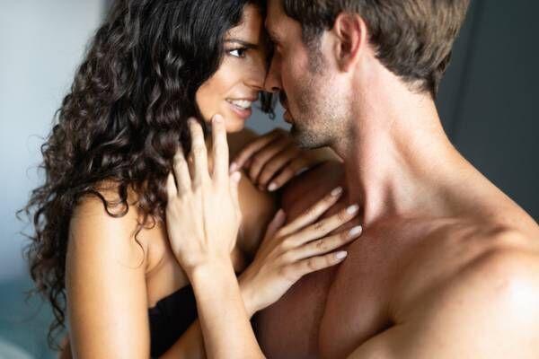 舌がプロペラ…女性200人恋愛調査「今までされた史上最低の下手なキス」