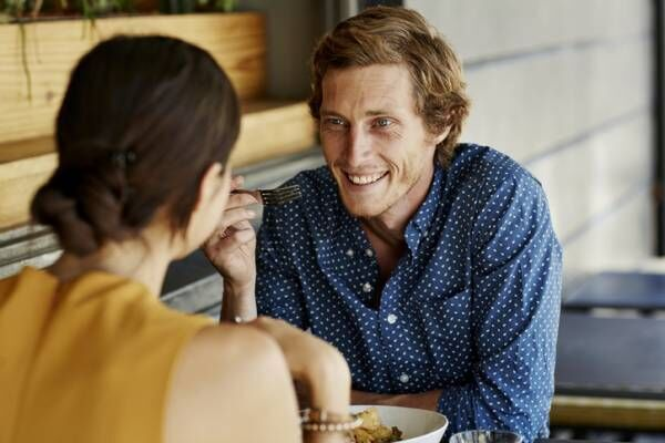 男って面倒くさい…彼が「元カノ・元妻エピを話しだす」安直な理由