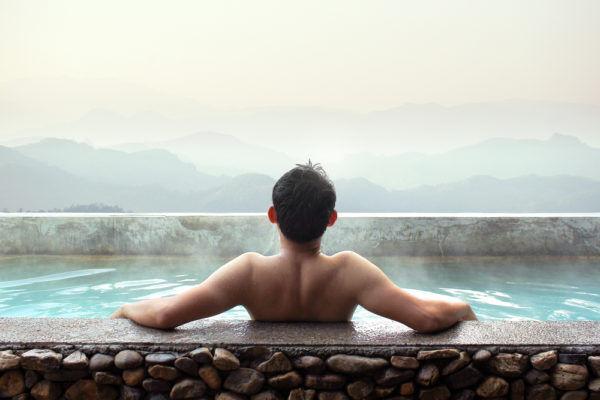 女子は知らない…男同士が「お風呂で意識している」下半身事情3つ