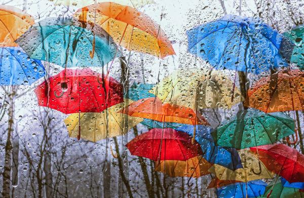 湿気で運気が下がる!?…「梅雨時期の不吉行動」3選