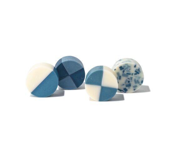 藍の石けん、藍のけん玉! 夏にさわやか「藍色」アイテム5選