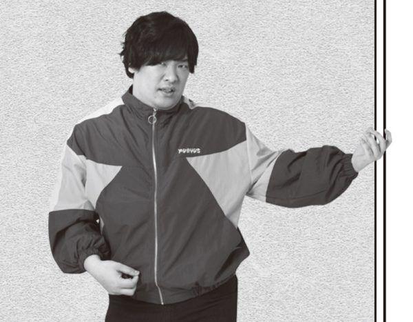 岡崎体育のライブは「おっさんがカラオケ流して歌っているだけ」?