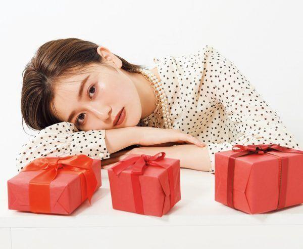 """欅坂46・守屋茜がメンバーに贈りたい""""お気に入りコスメ""""は?"""