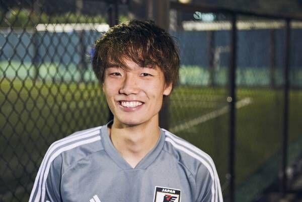 板倉滉、安西幸輝ら日本代表選手にも聞いた「サッカー観戦グッズ」誕生!