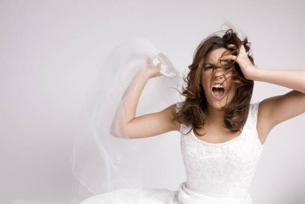 尽くすのはダメ!…女性約200人調査「しないほうがいい恋の努力」3つ