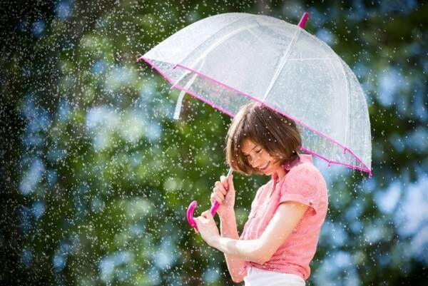 雨でも外出が楽しみに!…通勤、デートもOK「大人のレインブーツ」3選