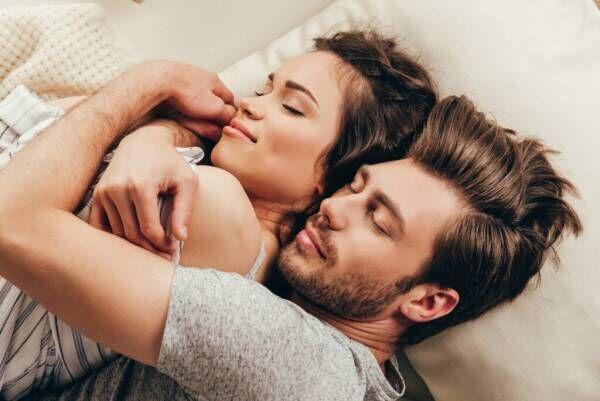 愛が止まらない…♡ 男性が最高に喜ぶ「寝る前のひと言」3つ