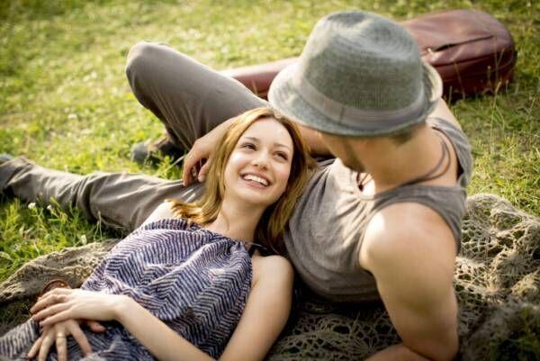 一緒に居ると落ち着く… 男性が「相性がいい」と感じる女性の特徴4つ