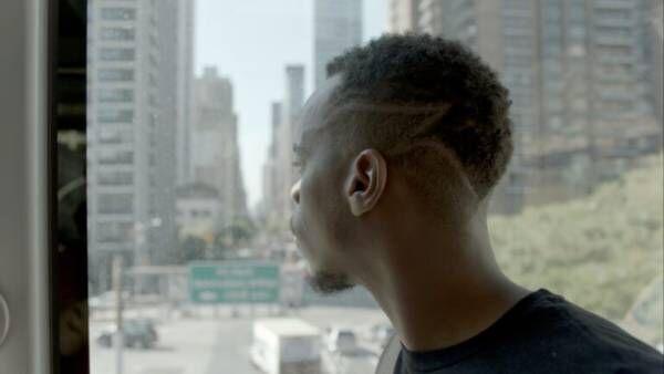 1本の動画で貧困地域から世界へ。気鋭ダンサーによる圧巻パフォーマンス