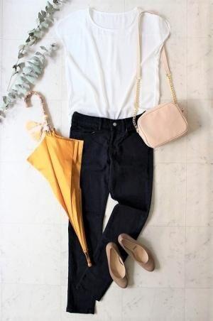 雨の日もご機嫌に♪お出かけが楽しみになる、こんな梅雨のファッションアイテムはいかがですか?[PR]
