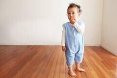 スリーパーで赤ちゃんもママもぐっすり! 選び方やおすすめの人気商品