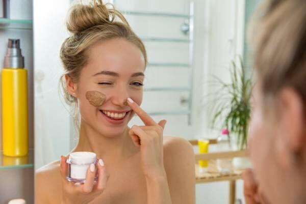 保湿で毛穴を改善!なめらか美肌をつくるタイプ別ケアアイテムとは
