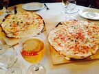 アルザスっ子直伝の簡単レシピ*アルザスの極薄ピザ「タルトフランベ」