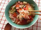 KALDIの食材で!10分でアツアツ♪野菜たっぷり「トマト麺」