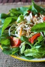 一皿で大満足!簡単ヘルシー「おかずサラダ」レシピ6選