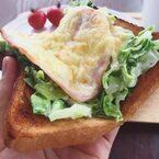 起きるのが楽しみになる♪「チーズ×パン」とろ~り朝食レシピ5選