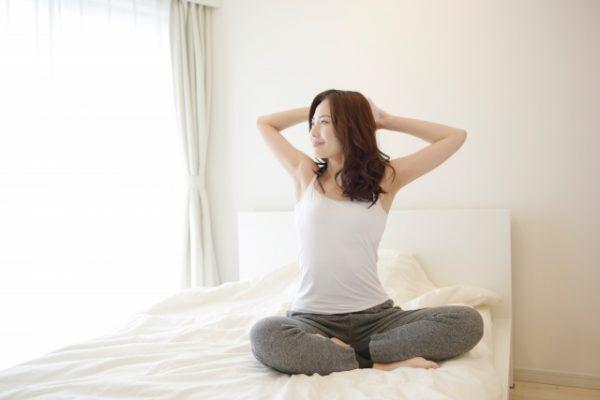 体も心もシャキッ!冬に沈みがちな気分をアップする「朝&夜習慣」4つ