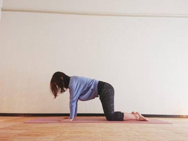 太もも&腰まわりを引き締め!足の疲れもとれるヨガ「三日月のポーズ」