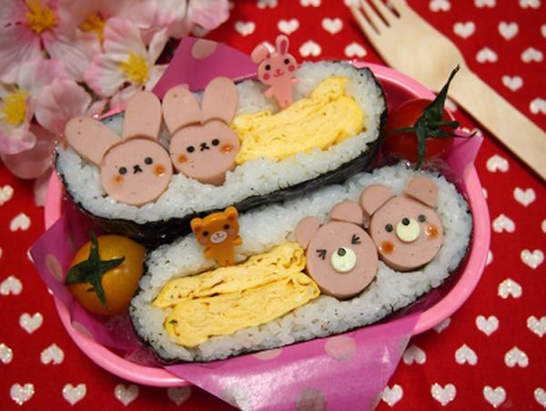 (デコおにぎらず?玉子焼きと魚肉ソーセージby:とまとママさん)