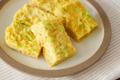 忙しい朝でも作れる!めんつゆで簡単「レンジ卵焼き」【作り置き可】
