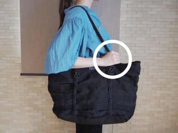肩こり回避+キレイ見えも叶う♪「重いバッグ」の美しい持ち方