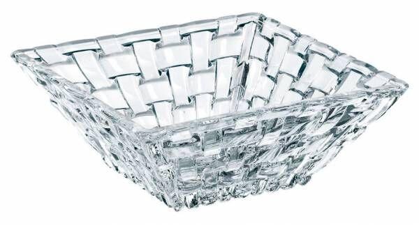 朝のサラダやおもてなしにも!何かと便利なガラスの器「ナハトマンスクエアボウル」