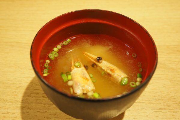 お寿司がリーズナブル&食べ放題で楽しめる!「鮨アカデミー 神楽坂店」